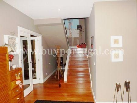 Image 2, 4 Bedroomed Apartment : AA191