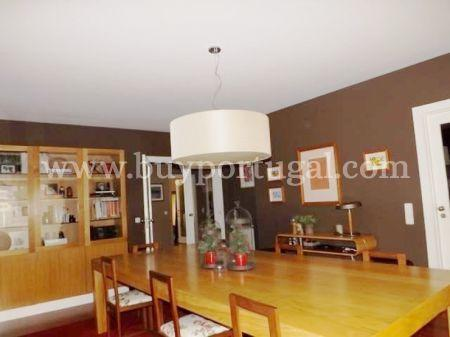 Image 5, 4 Bedroomed Apartment : AA191