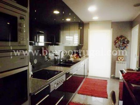 Image 6, 4 Bedroomed Apartment : AA191