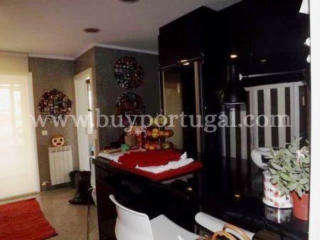 Image 8, 4 Bedroomed Apartment : AA191