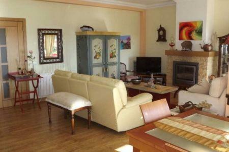 Image 7, 4 Bedroomed Villa : AV1145