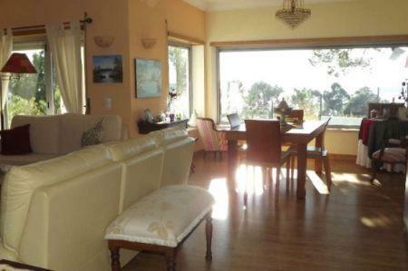 Image 8, 4 Bedroomed Villa : AV1145