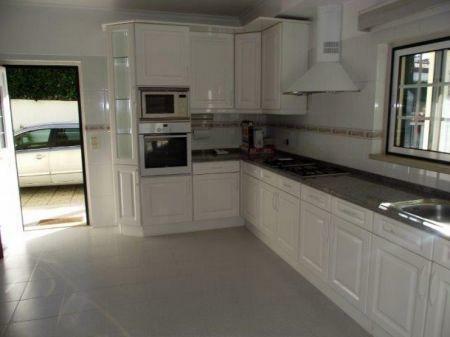 Image 3, 4 Bedroomed Villa : AV1132