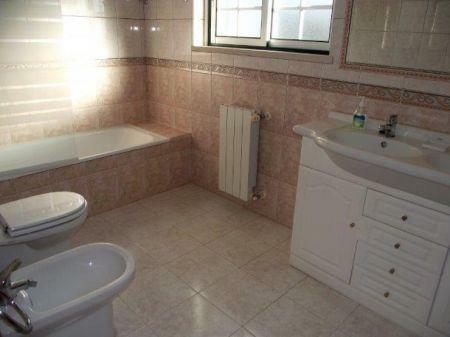 Image 7, 4 Bedroomed Villa : AV1132