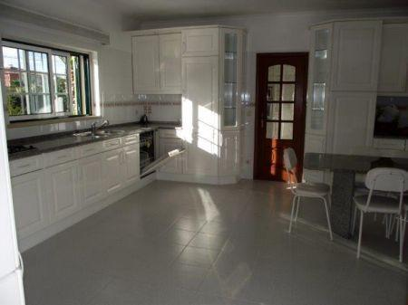Image 13, 4 Bedroomed Villa : AV1132