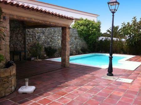 Image 3, 4 Bedroomed Villa : AV1136