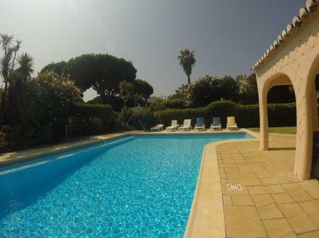 Image 2, 5 Bedroomed Villa : DV1553