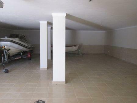 Image 15, 3 Bedroomed Villa : AV1167
