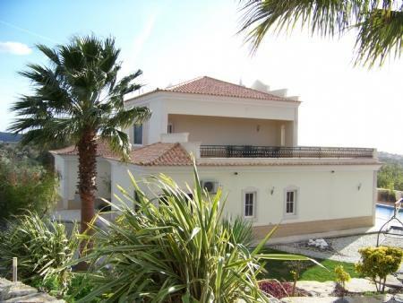 Image 1, 5 Bedroomed Villa : JV1672