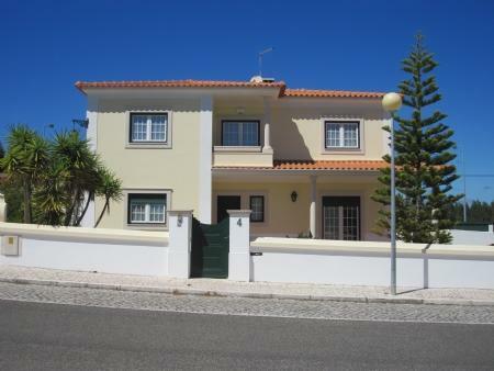 Image 8, 4 Bedroomed Villa : AV1212