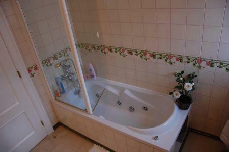 Image 19, 4 Bedroomed Villa : AV1212