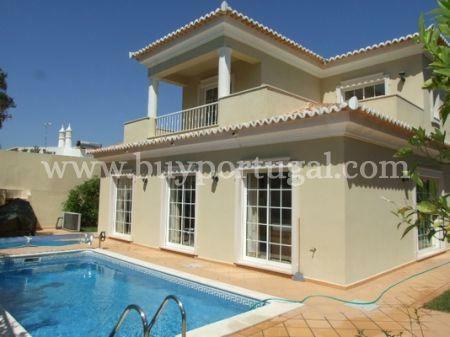 Image 1, 4 Bedroomed Villa : DV4354