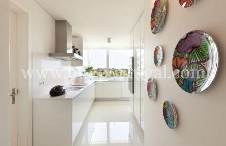 Image 1, 3 Bedroomed Apartment : AA190