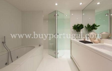Image 5, 3 Bedroomed Apartment : AA190