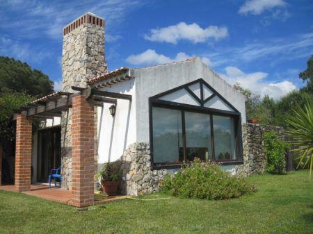 Image 1, 2 Bedroomed Villa : AV1205