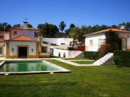 Image 8, 8 Bedroomed Villa : AV1184