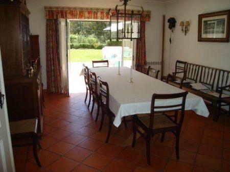 Image 10, 8 Bedroomed Villa : AV1184