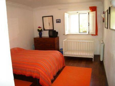 Image 15, 8 Bedroomed Villa : AV1184