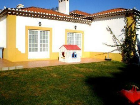 Image 29, 8 Bedroomed Villa : AV1184