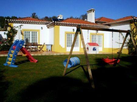 Image 30, 8 Bedroomed Villa : AV1184