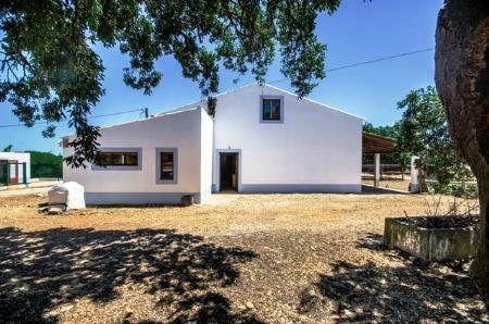 Image 5, 3 Bedroomed House : GV330