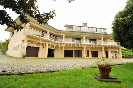 Image 5, 6 Bedroomed House : AV1243