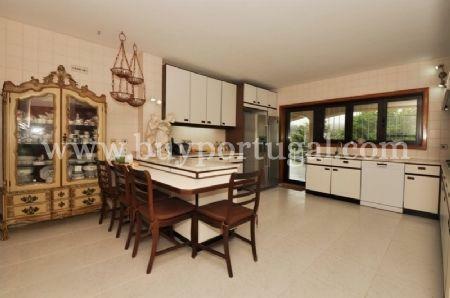 Image 13, 6 Bedroomed House : AV1243