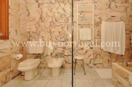 Image 20, 6 Bedroomed House : AV1243