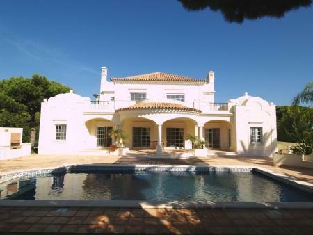 Image 1, 4 Bedroomed Villa : DV5282