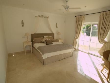 Image 6, 4 Bedroomed Villa : DV5282