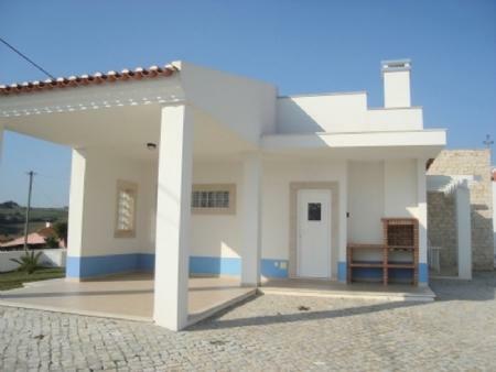 Image 1, 3 Bedroomed Villa : AV1252