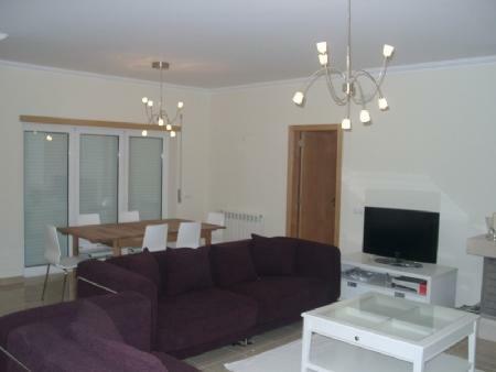 Image 4, 3 Bedroomed Villa : AV1252