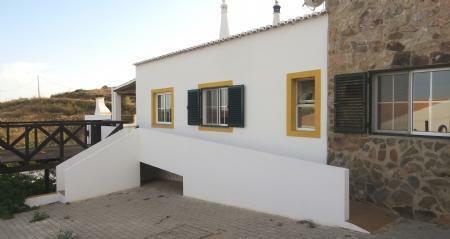 Image 1, 4 Bedroomed Villa : KV3455411
