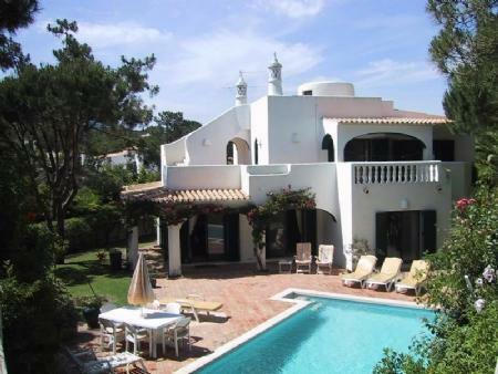 Image 2, 4 Bedroomed Villa : DV5244
