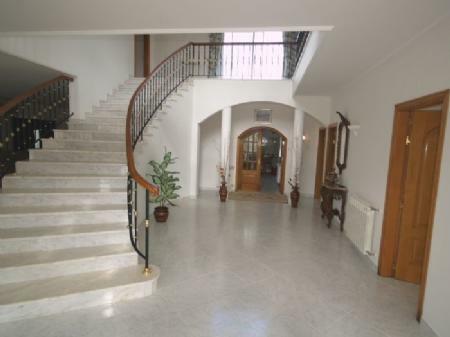 Image 4, 5 Bedroomed Villa : DV976