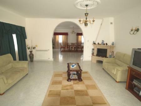 Image 5, 5 Bedroomed Villa : DV976