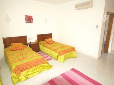 Image 10, 5 Bedroomed Villa : DV976
