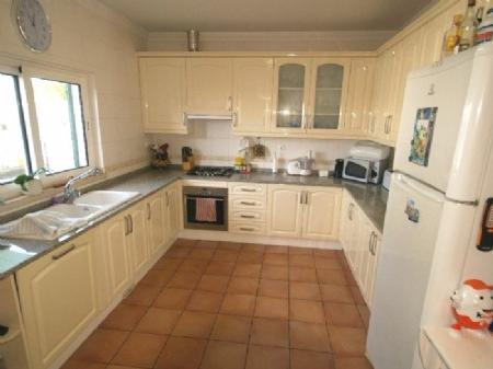 Image 2, 3 Bedroomed Townhouse : DV5971