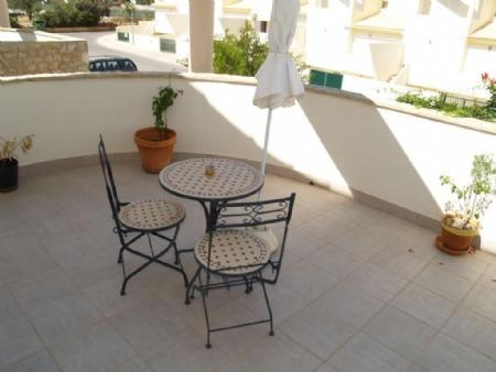 Image 2, 3 Bedroomed Townhouse : DV5082