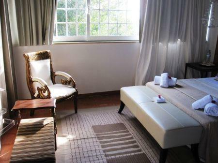 Image 8, 10 Bedroomed House : AV1228