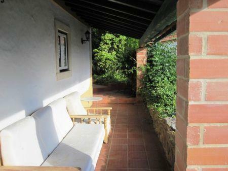 Image 16, 10 Bedroomed House : AV1228