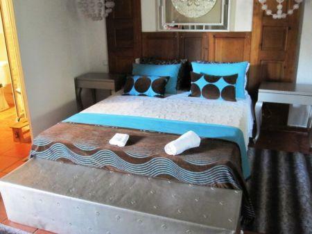 Image 23, 10 Bedroomed House : AV1228