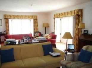 Image 5, 8 Bedroomed Villa : AV1184