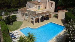 Image 1, 5 Bedroomed Villa : DV1553