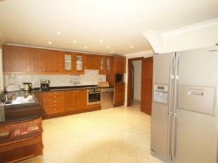 Image 4, 5 Bedroomed Villa : DV1553