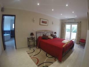 Image 5, 5 Bedroomed Villa : DV1553