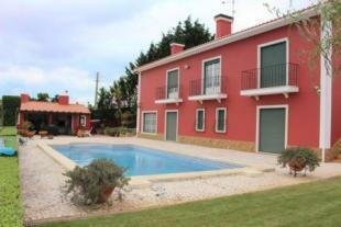 Image 1, 4 Bedroomed Villa : AV1217