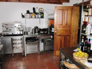 Image 15, 10 Bedroomed House : AV1228