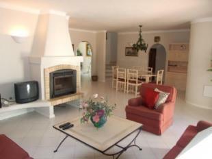 Image 6, 4 Bedroomed Villa : DV5244
