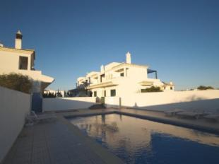 Image 1, 3 Bedroomed Townhouse : DV5972